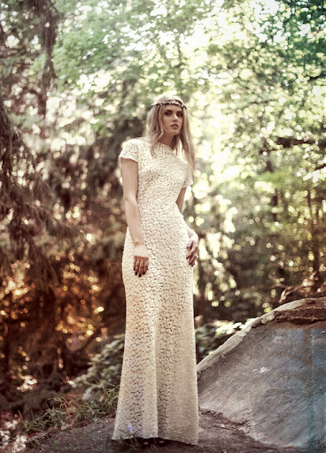 The pattern on this lace With Hearts In My Eyes ivory gown is actually leopard spots!