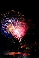 Victoria_Day_fireworks_Toronto_2010