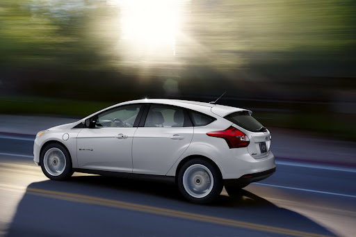 FORD-FOCUS-ELECTRIC-02.JPG