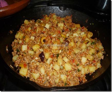 Picadillo sencillo con papas aceitunas y alcaparras(3)
