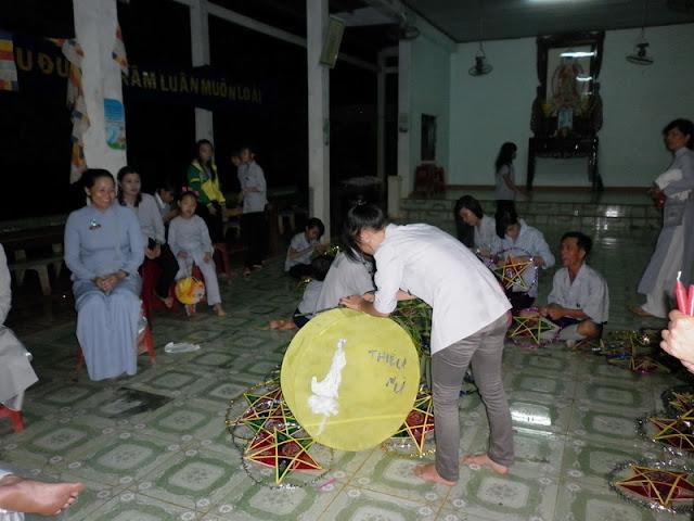 TrungThu2011KhanhVan_01.jpg