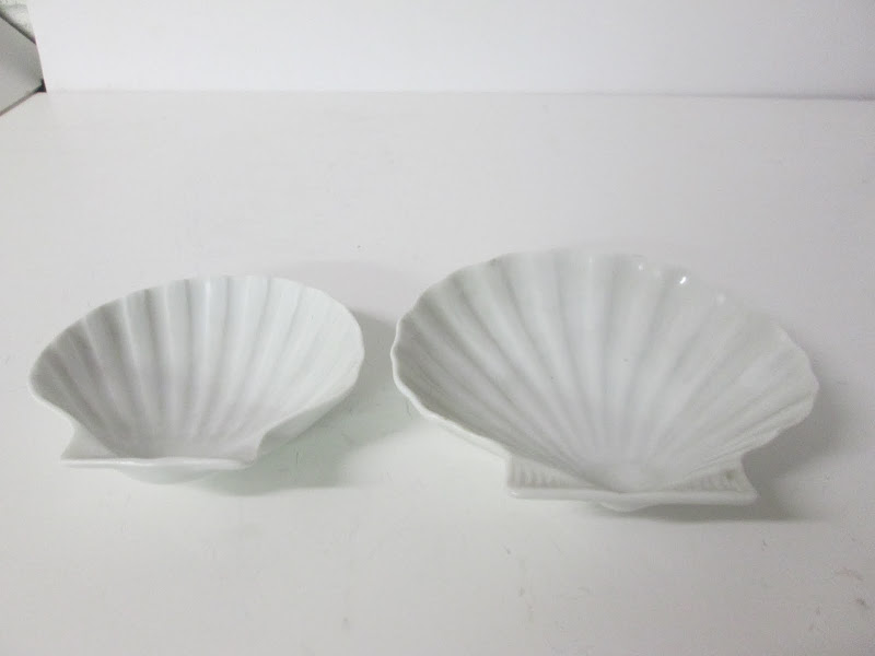Limoge Shell Dish Pair