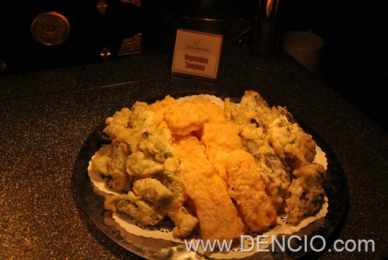 Cafe Ilang Ilang Buffet Manila Hotel 160