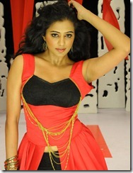 priyamani_latest_stills