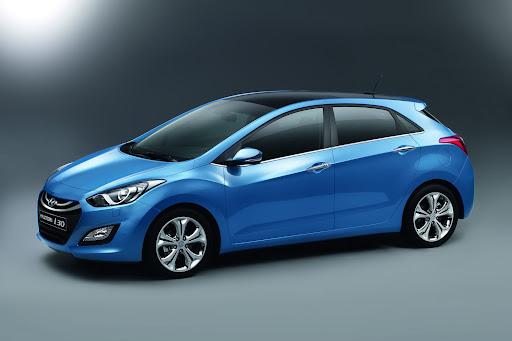 2012-Hyundai-i30-01.jpg