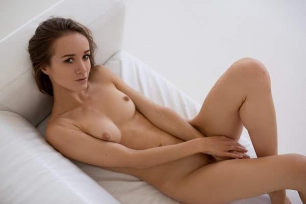 [Playboy Plus] Vi Shy - Blinding Beauty