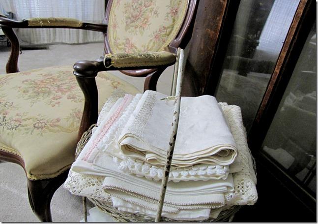 chair linens