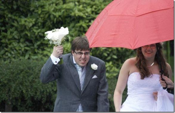 funny-wedding-photos-35