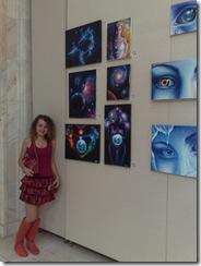 Artista Corina Chirila  expozitie de pictura la Palatul Parlamentului sala Constantin Brancusi