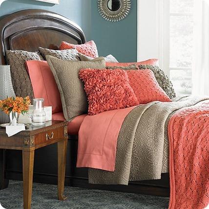 blogger-house-home-future-interior-outdoor-indoor-design-designer-coral-tan-pillow-bed