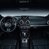 2013-Audi-A3-Sportback-S-Line-Interior-5.jpg