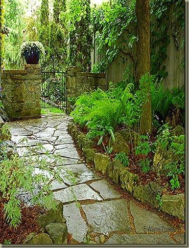 Prowse Garden 025_thumb[3]