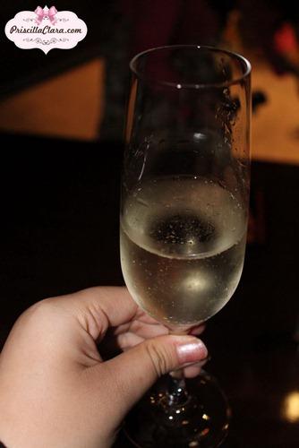 Luxola Event Champagne
