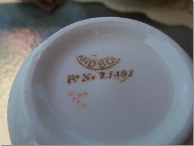 Bumble Bee Tea 005