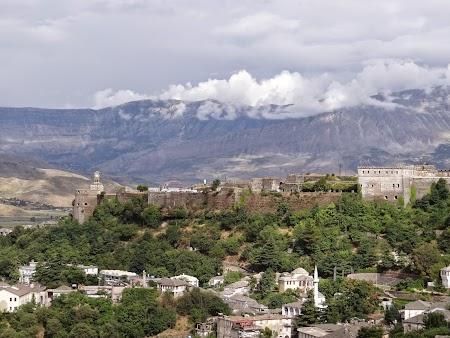 12. Citadela Gjirokaster.JPG