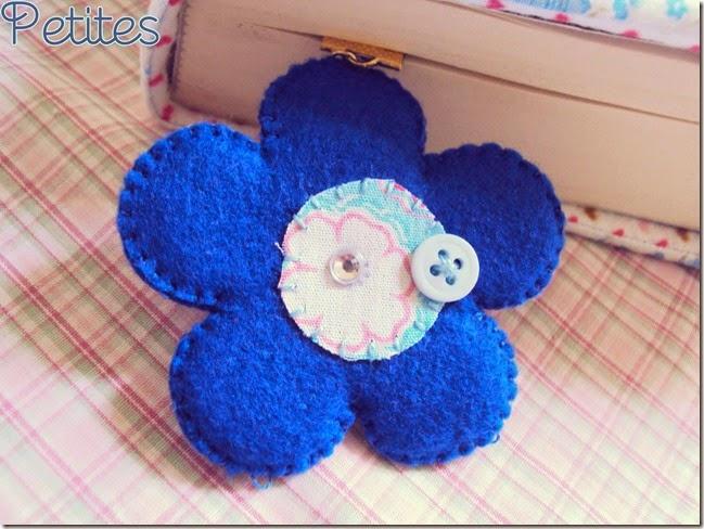 capa flores azuis_02