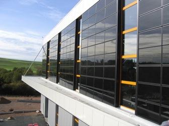 placas-solares-en-fachadas