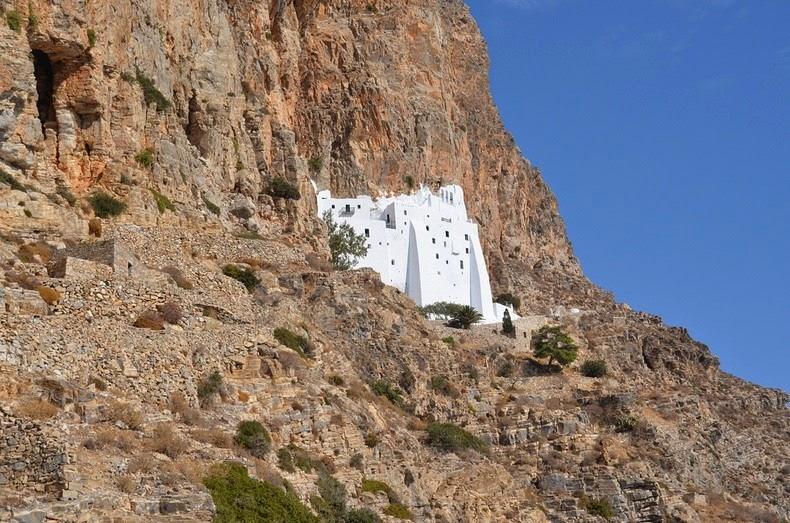 monastery-panagia-hozoviotissa-2