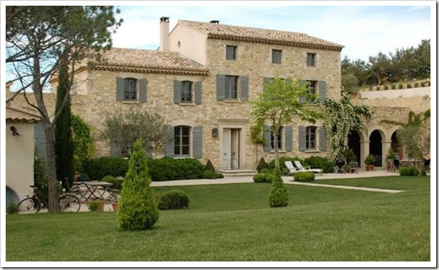 Luxury-villa-france-provence-notre-dame-01