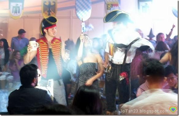 oktoberfest-2013-sofitel-pirates