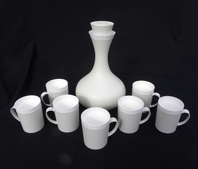 David Douglas Therm Ware carafe with mugs