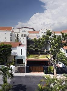 casas-fachada-muro-cortina