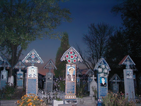 Sights of Romania: Merry Cemetery Sapanta