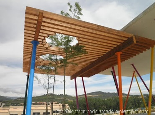 pergola-madera-laminada-detalle (1)