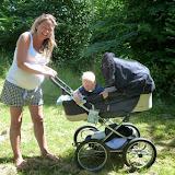 Tante Mette, med den gravide mave, 2-3 uger til fødsel med tvillinger! ..og en magne der gerne ville have været med ud at sejle...
