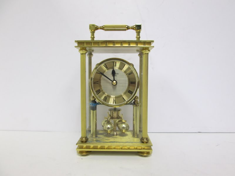Loricron Clock