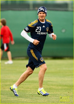 david-beckham-brooklyn-play-soccer-04