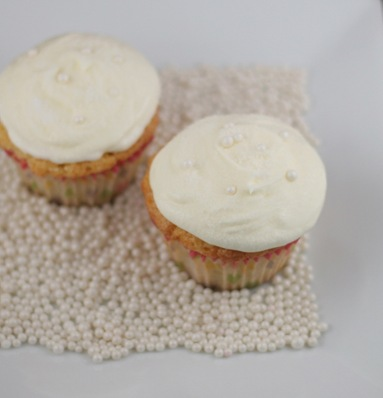 champagne cupcakes 1