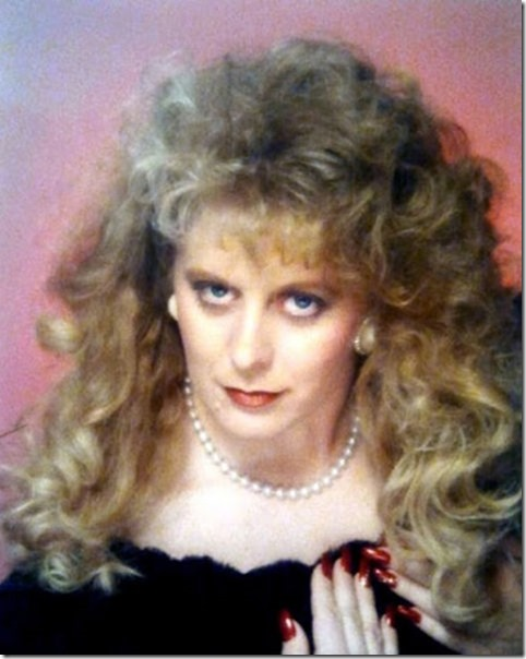 awkward-glamour-portraits-19
