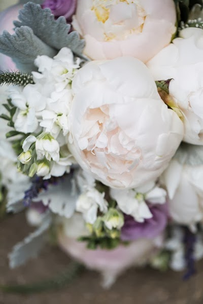 NH wedding flowers peonies