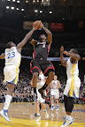 lebron james nba 130116 mia at gsw 10 King James Becomes Youngest to 20k Points in LeBron X PE