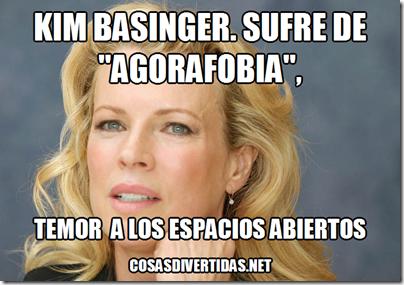 Kim Basinger    teme a los espacios abierto