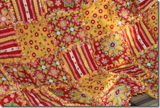 Rag Quilt Yellow and Red 020