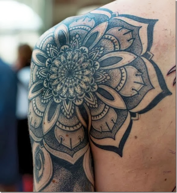 awesome-shoulder-tattoos-063