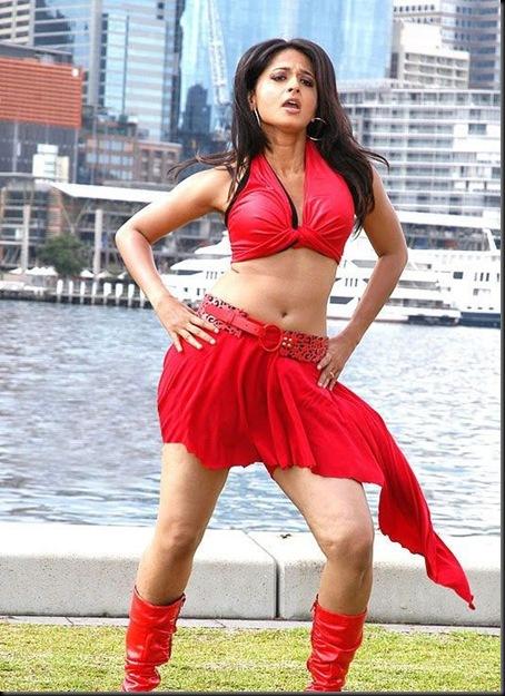 anushka-sexy-red-skirt-navel-1