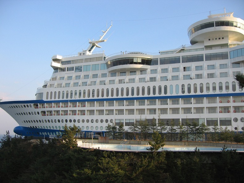 sun-cruise-resort-5