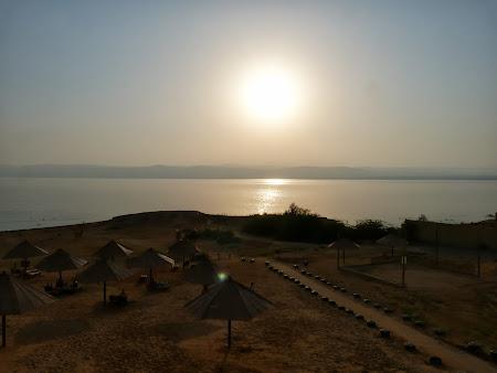 Apus la Marea Moarta.