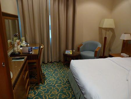 Unde sa dormi in Dubai: Hotel Golden Tulip Al-Basha Dubai