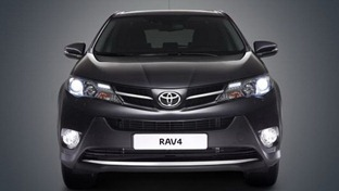 2013-Toyota-RAV4-3[3]