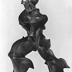 11.- Umberto Boccioni. Formas únicas de continuidad en el espacio
