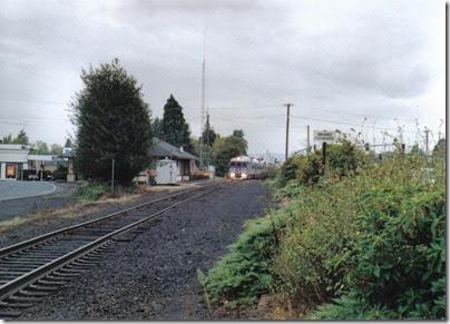 Lewis & Clark Explorer passing the depot at St. Helens, Oregon, on October 1, 2005