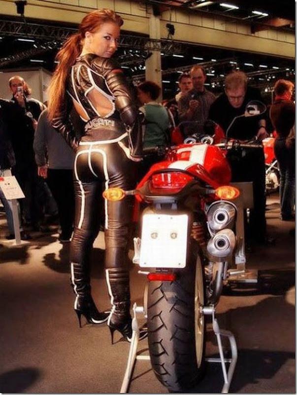 Mulheres e motos (41)