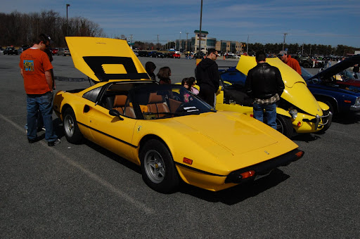 A Ferrari 308 and and open