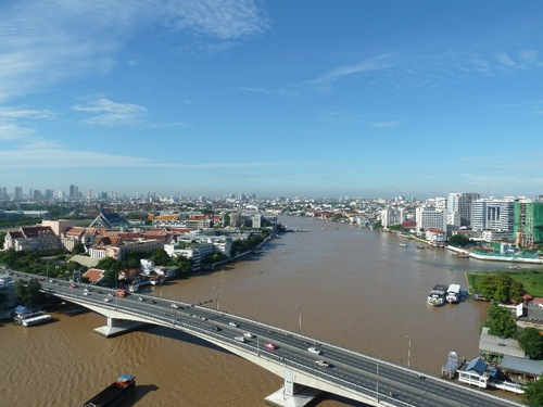 View of the Chao Praya River and the Phra Pin Klao Bridge