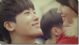 Bike Repair Shop Drops Insanely Cute Hug CF with Nam Ji Hyun and Park Hyung Sik - A Koala's Playground_2.MP4_000038872_thumb[1]