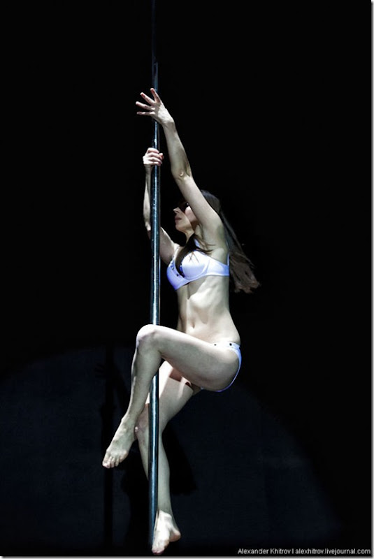 russian-pole-dancing-competition-38